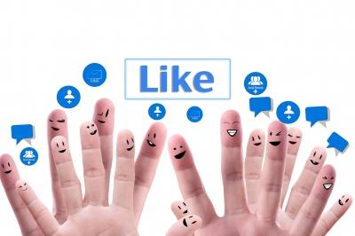 Social Network Concept by Nutdanai Apikhomboonwaroot/ FreeDigitalPhotos.net