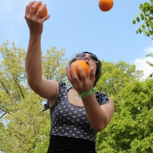 06.Juggling.Upper.MeridianHillPark.WDC.15April2012